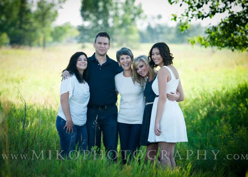 miko-photography-calgary-family-child-portrait-on-location (2)