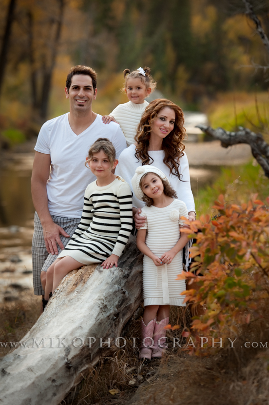 miko-photography-professional-outdoor-family-portraits-15